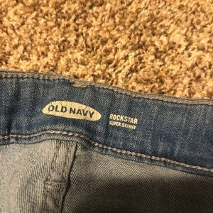 Old Navy Jeans - Old Navy Ripped Skinny Jeans.